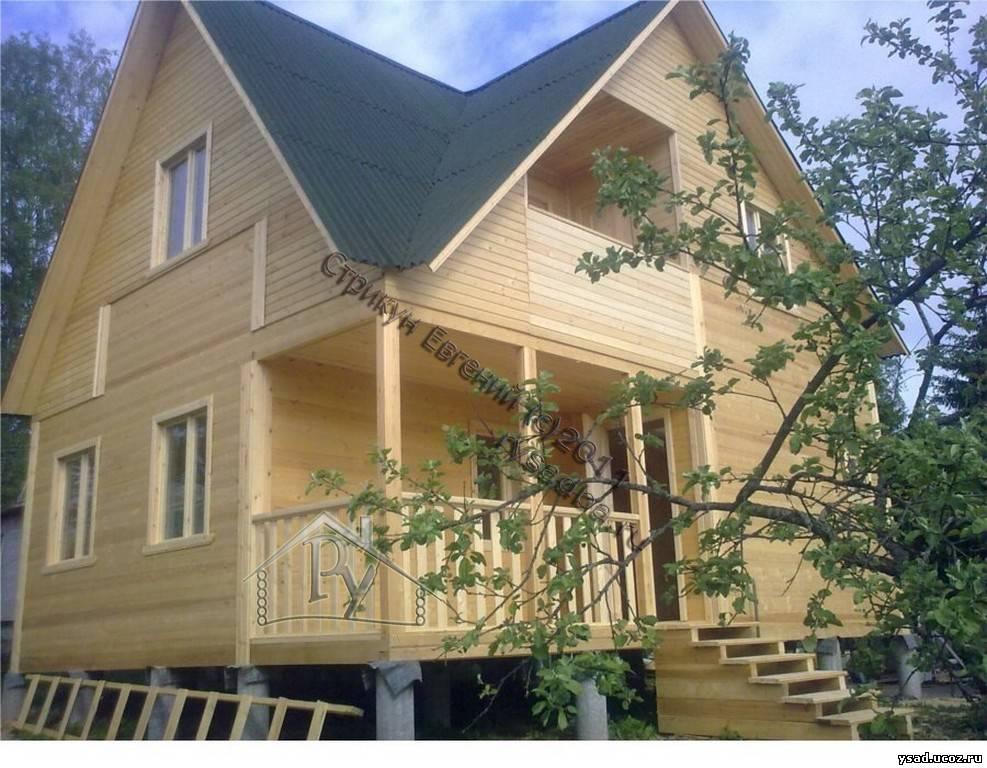 Дом 6х8 с балконом.